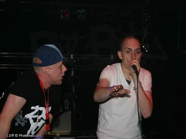 040813_HHK04_Killa_Kela_a_Mc_Trip_a_Dj_Skeletrik_UK_06