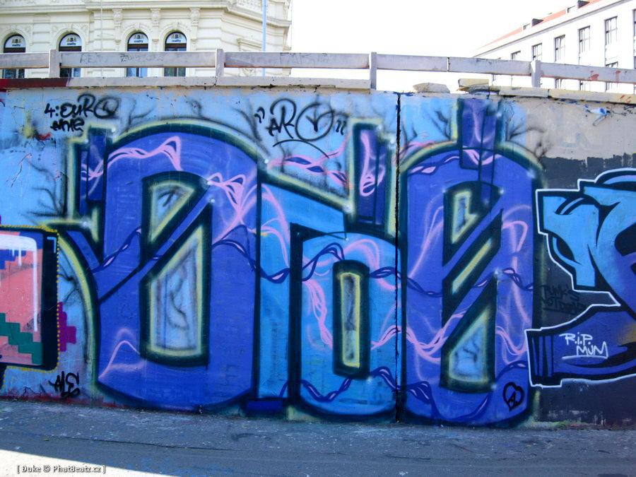 07_080928_Tesnov