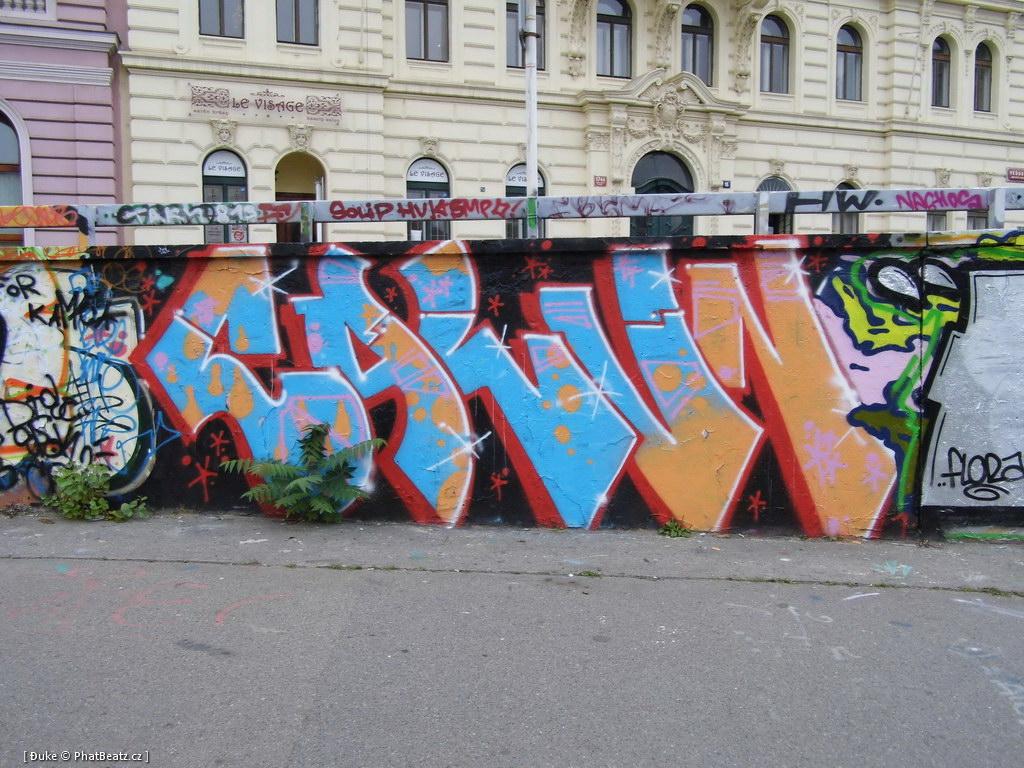 121001_Tesnov_01