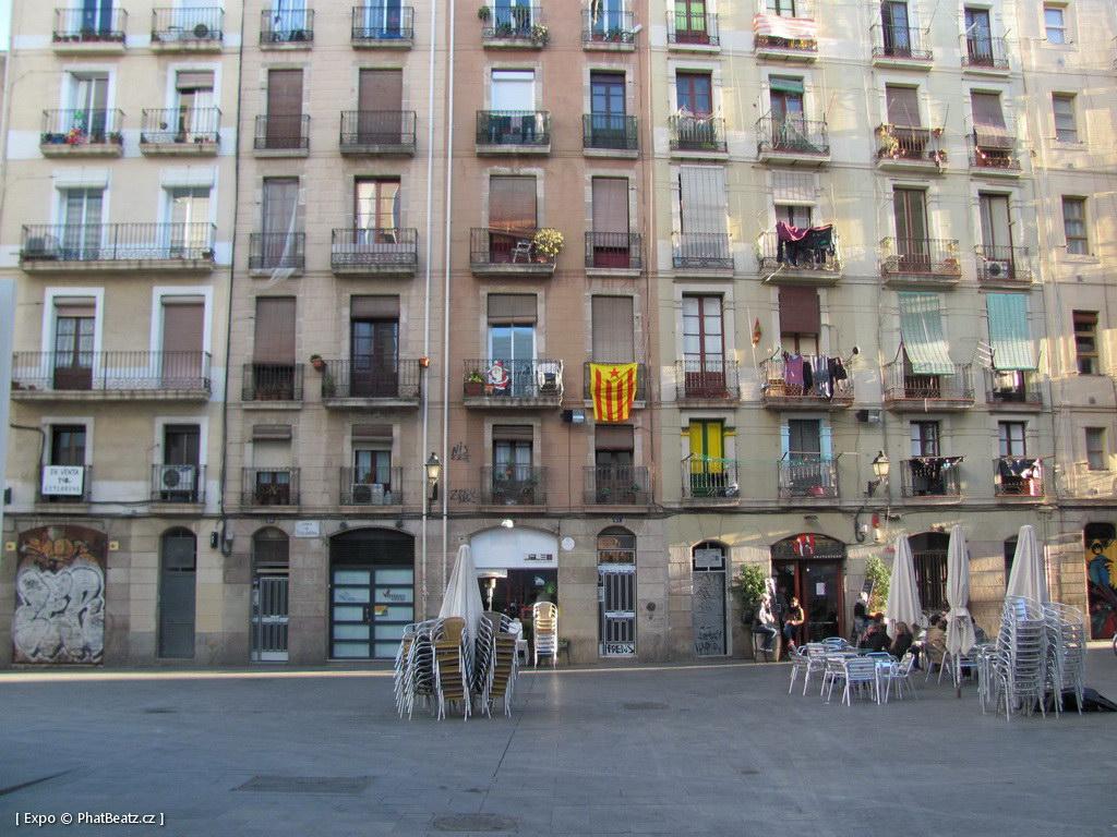 1312-1401_BarcelonaStreet_019