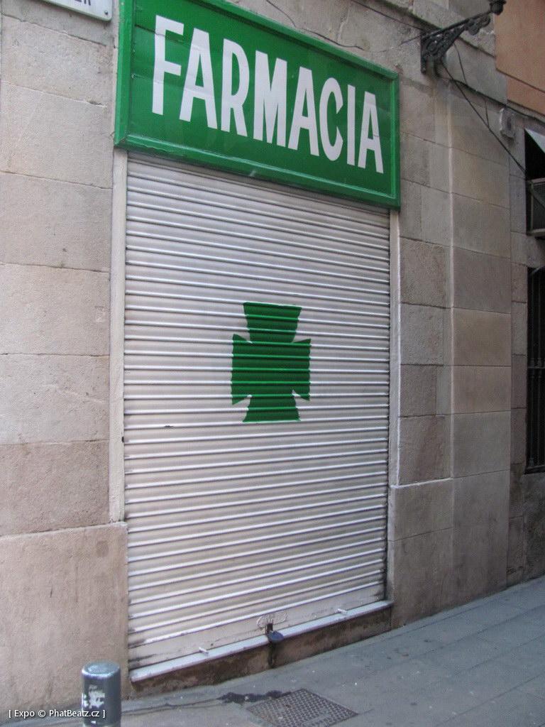 1312-1401_BarcelonaStreet_045