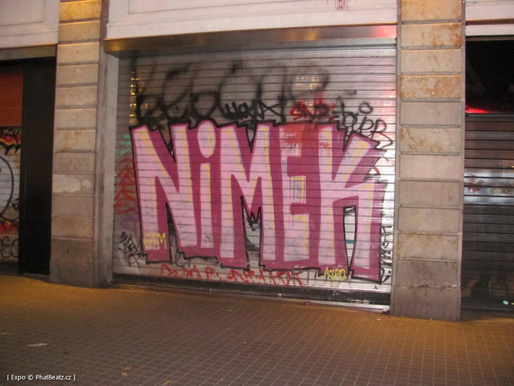 1312-1401_BarcelonaStreet_050