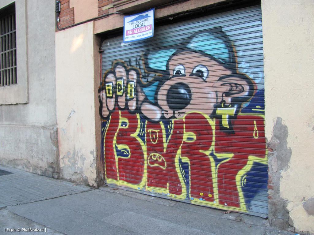1312-1401_BarcelonaStreet_061