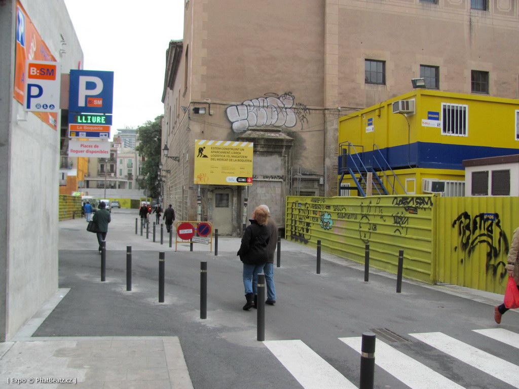1312-1401_BarcelonaStreet_063