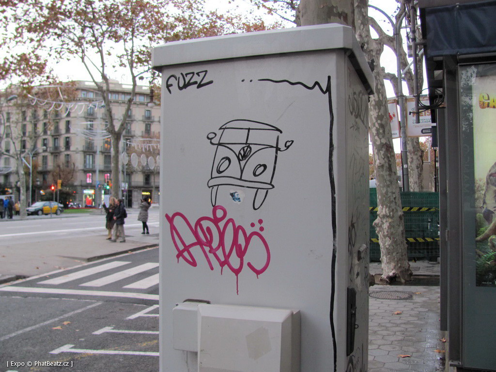 1312-1401_BarcelonaStreet_102