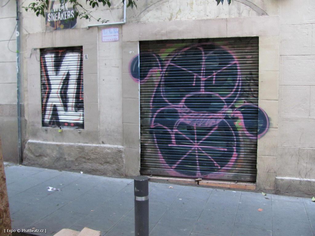 1312-1401_BarcelonaStreet_108