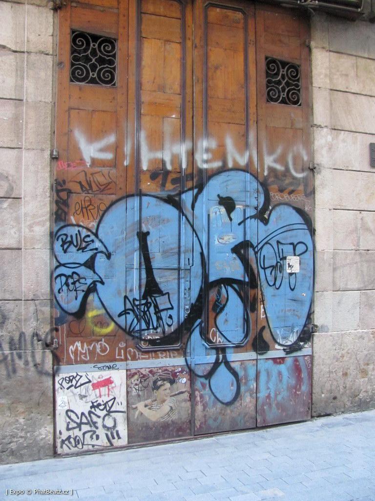 1312-1401_BarcelonaStreet_115