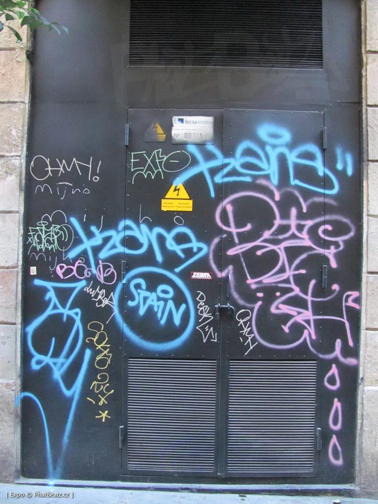 1312-1401_BarcelonaStreet_116