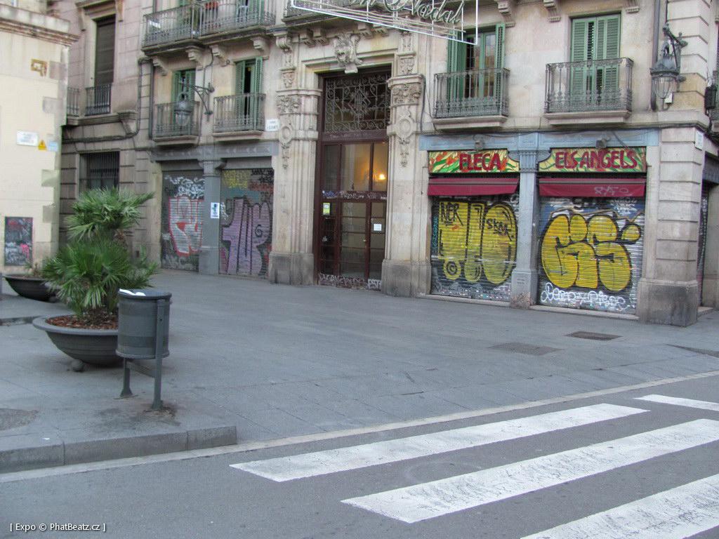 1312-1401_BarcelonaStreet_128