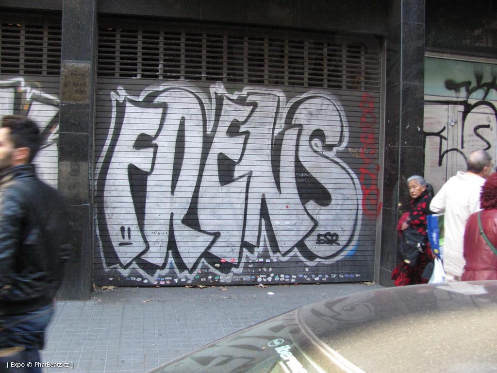 1312-1401_BarcelonaStreet_135
