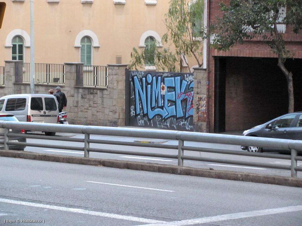 1312-1401_BarcelonaStreet_145