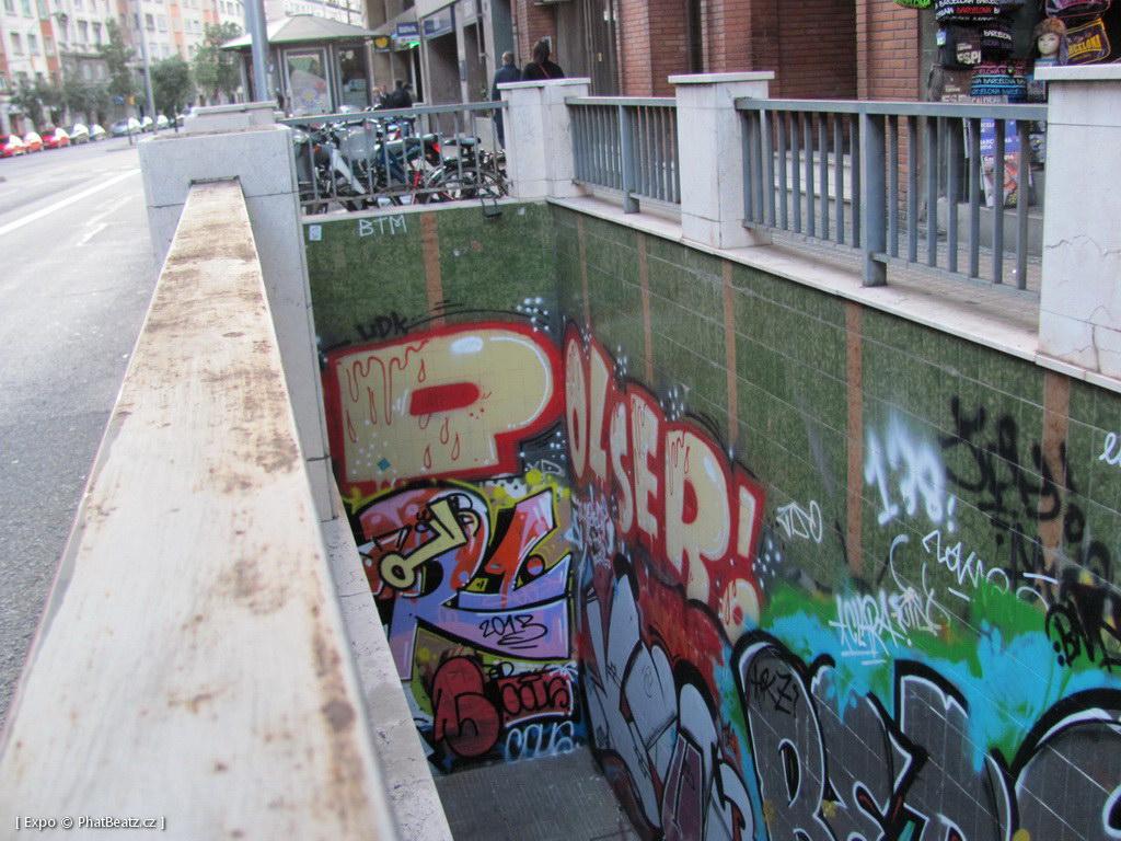 1312-1401_BarcelonaStreet_146
