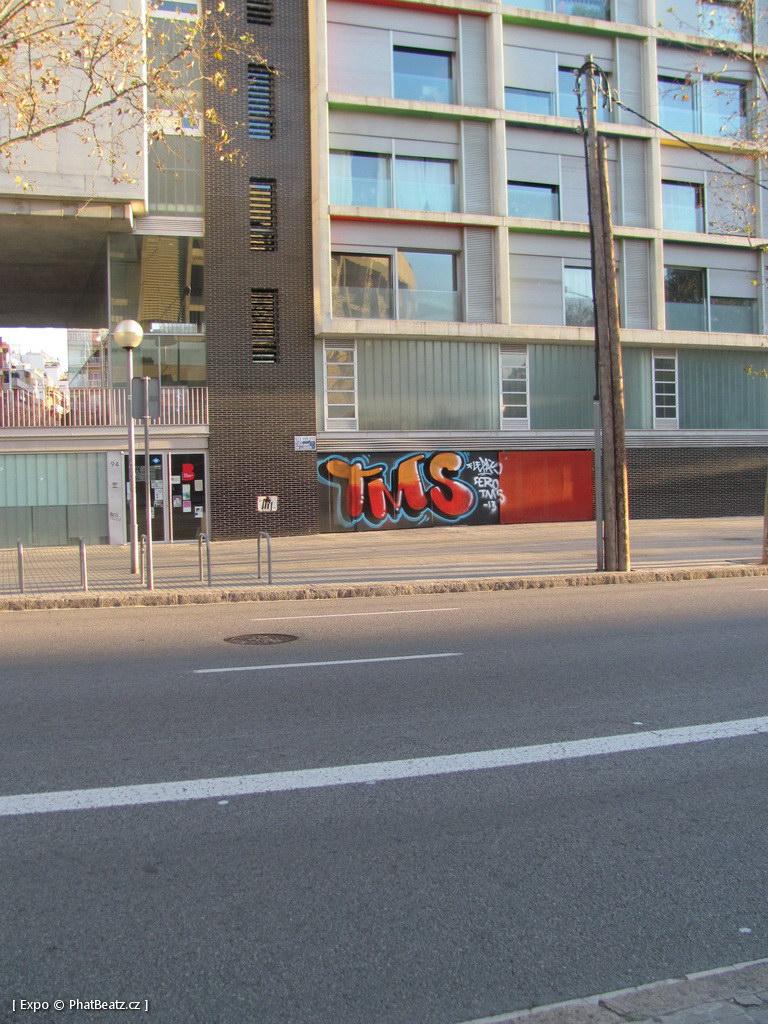 1312-1401_BarcelonaStreet_150