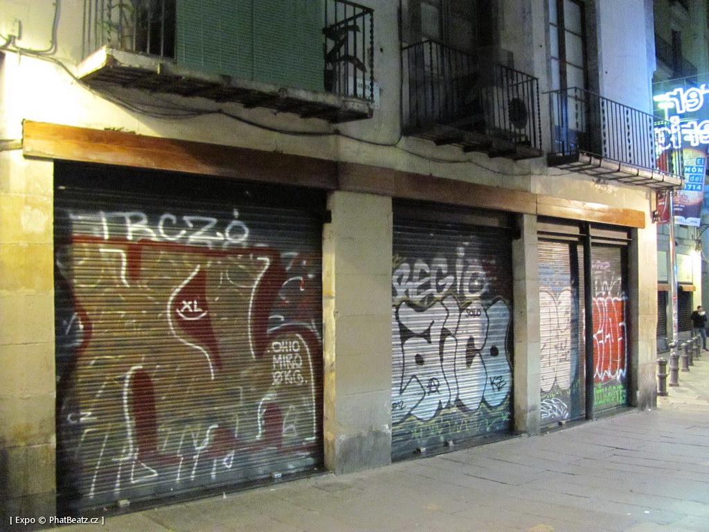 1312-1401_BarcelonaStreet_152