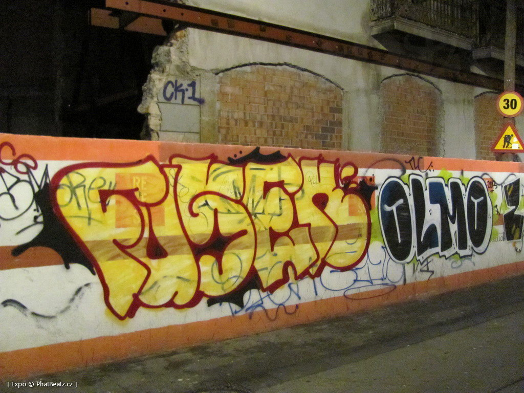 1312-1401_BarcelonaStreet_153