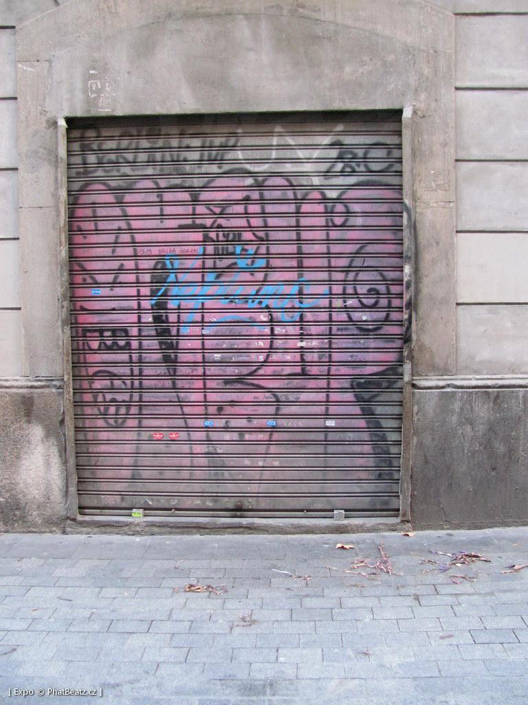 1312-1401_BarcelonaStreet_156