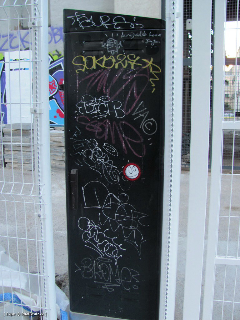 1312-1401_BarcelonaStreet_159