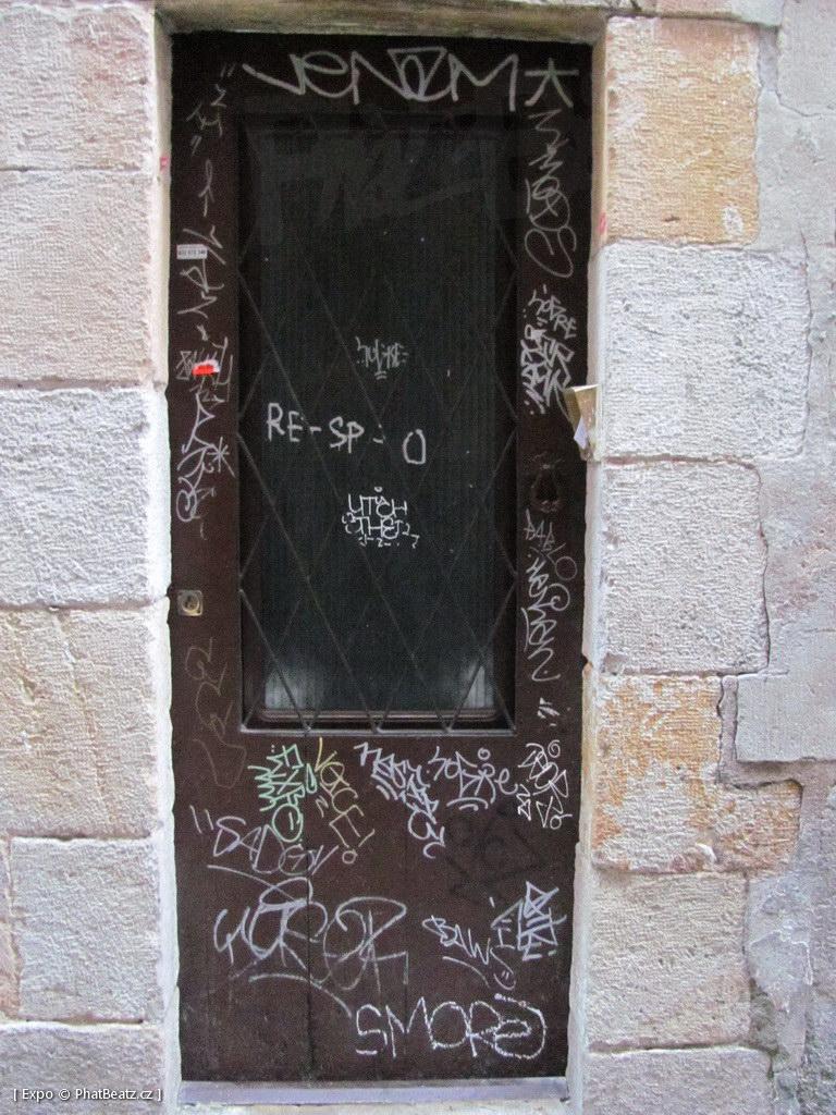 1312-1401_BarcelonaStreet_161