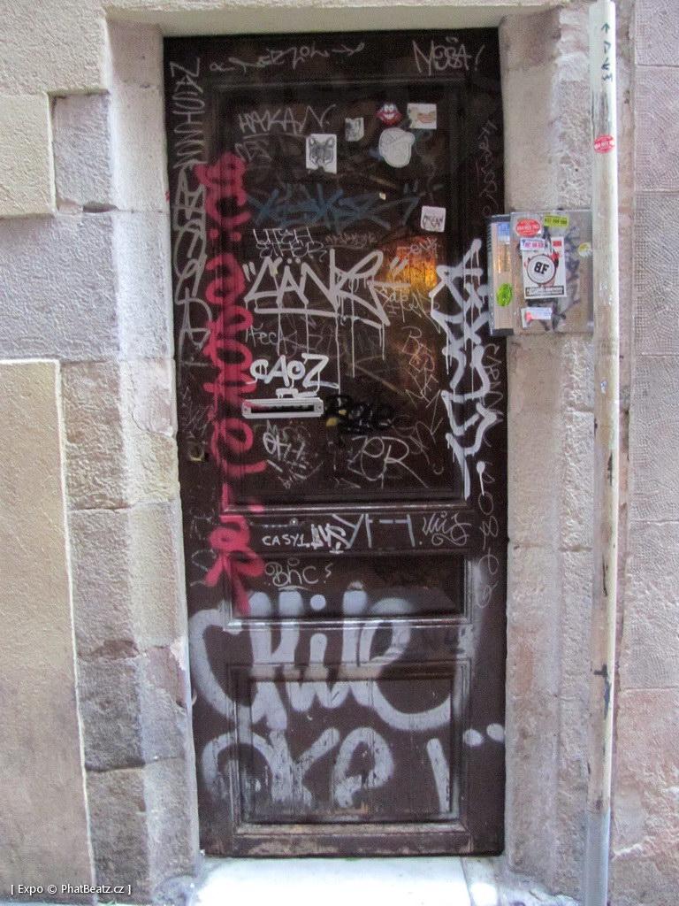1312-1401_BarcelonaStreet_162