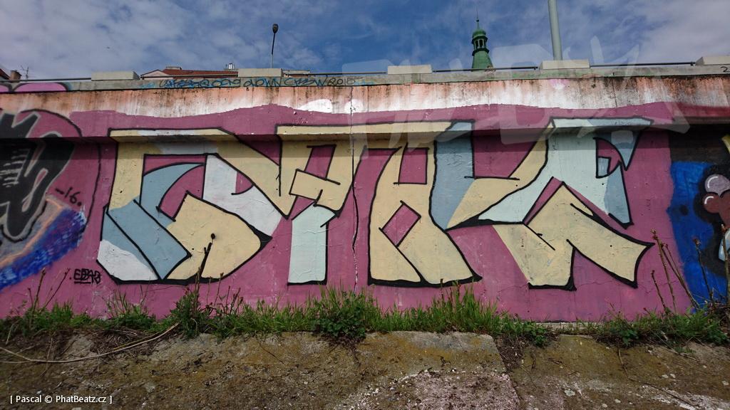 160413_Vltavska_09