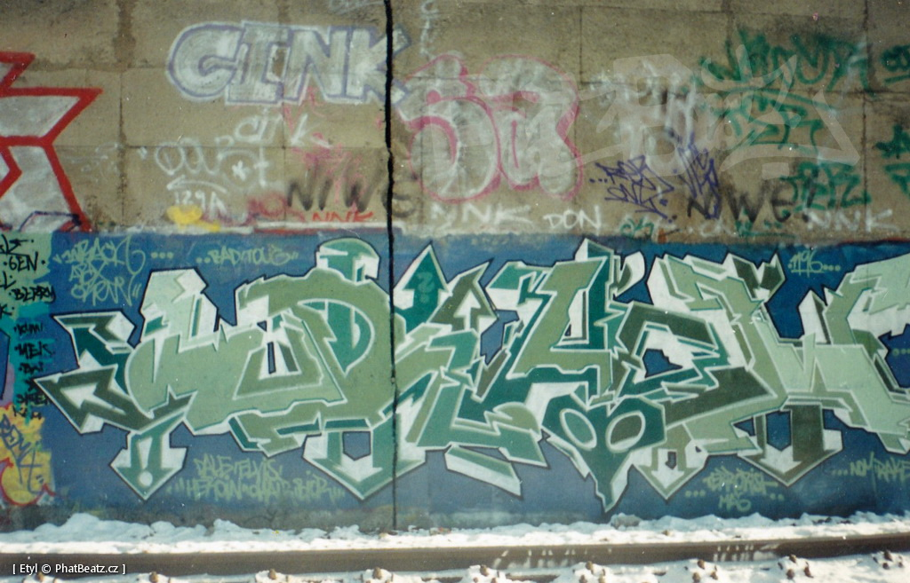 1996-2000_Graffiti_Praha_18