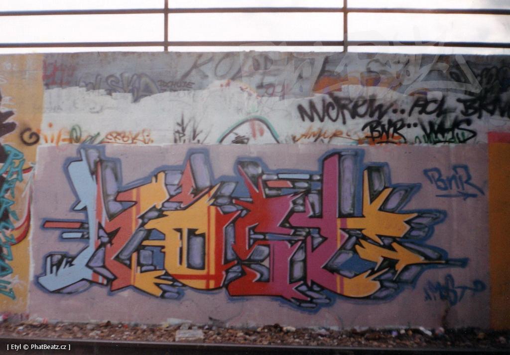 1996-2000_Graffiti_Praha_21