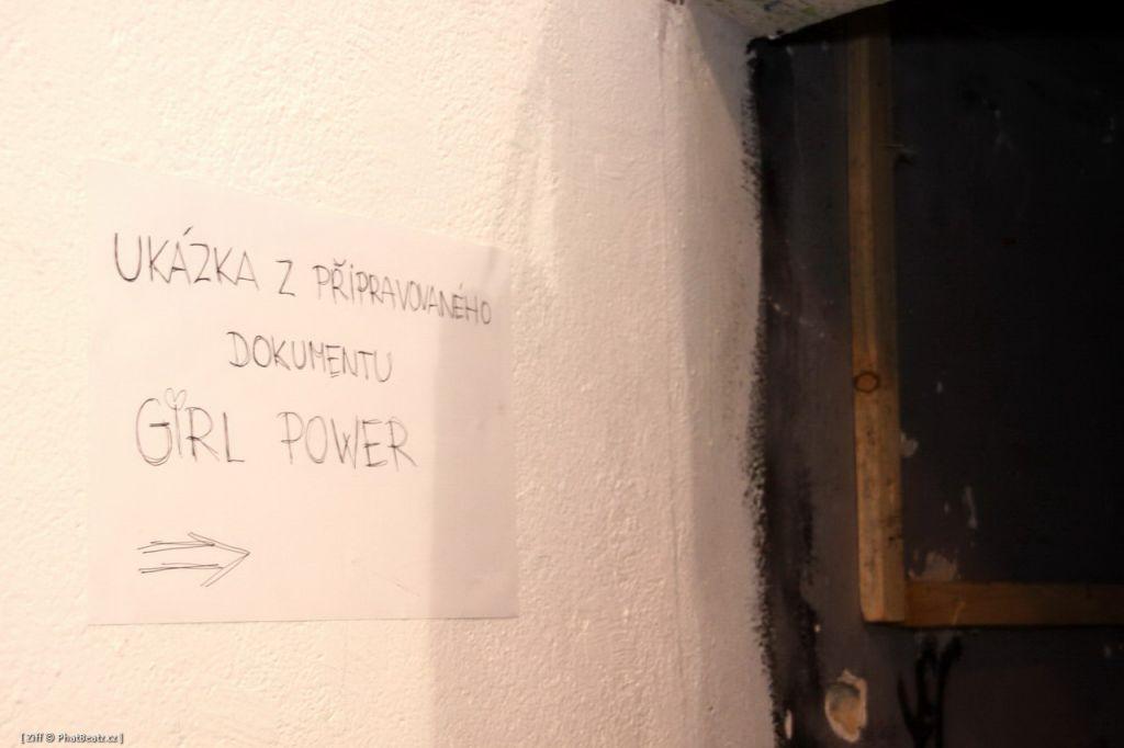 PowerGirl_0030